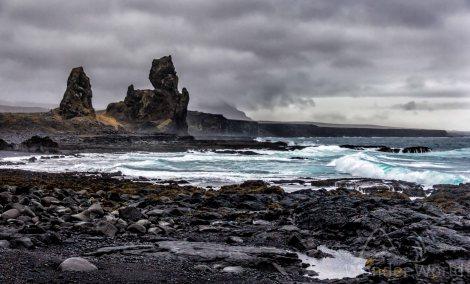 Lóndrangar - Snaeffelsjokull National Park