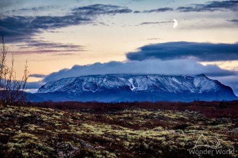 iceland-myvatn-dimmuborgir-hvefjall-moon-night
