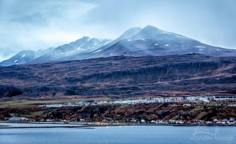 iceland_north_akureyri_city