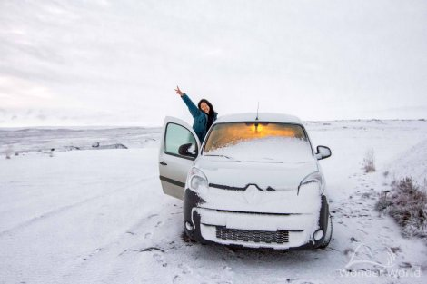 iceland-dettifoss-snow-camper-camping